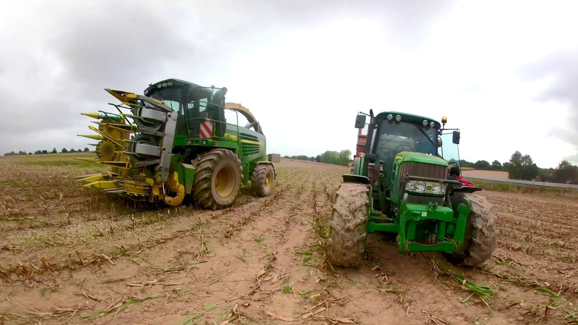 Video : Docu-fiction 360°: apprenti en conduite d'engins agricoles