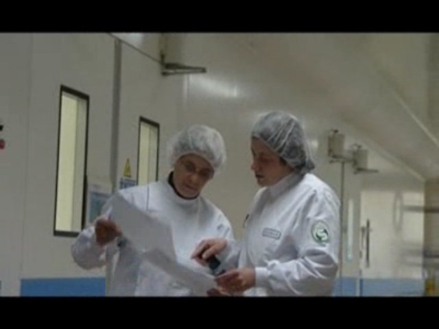Video : Responsable d'un secteur de production (industrie du médicament), Natacha